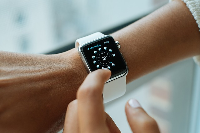 Top 10 Reasons Why You Should Use Smart watches